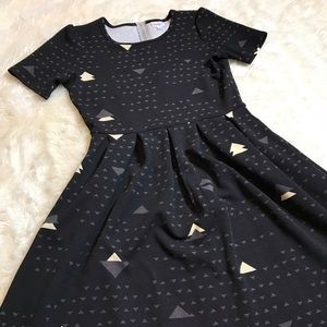 NWOT LuLaRoe Amelia Dress Geometric Triangle Print